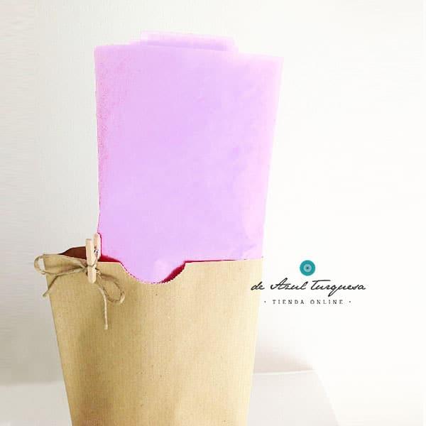 paple de seda de colores lila